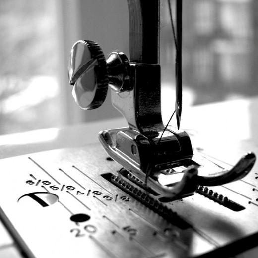 30 piece fashion sewing kit